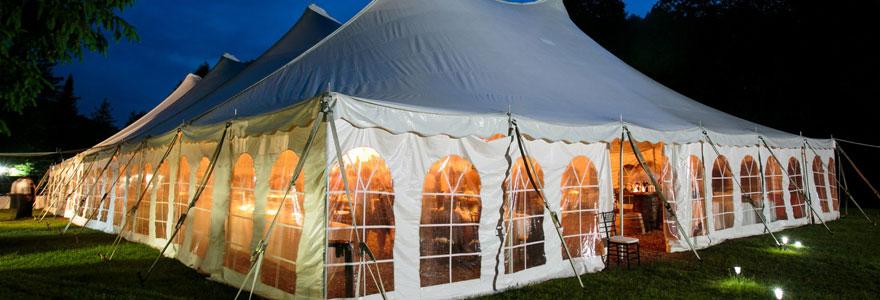 Modèle de tente de réception